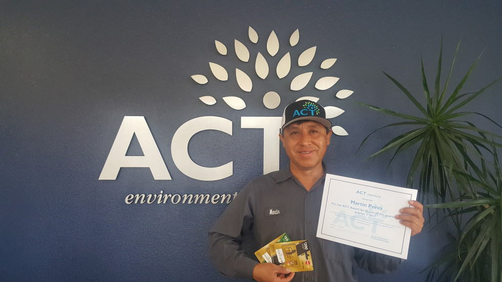 ACTenviro's Driver Of The Quarter For The 1st Quarter Of 2017: Martin Perez